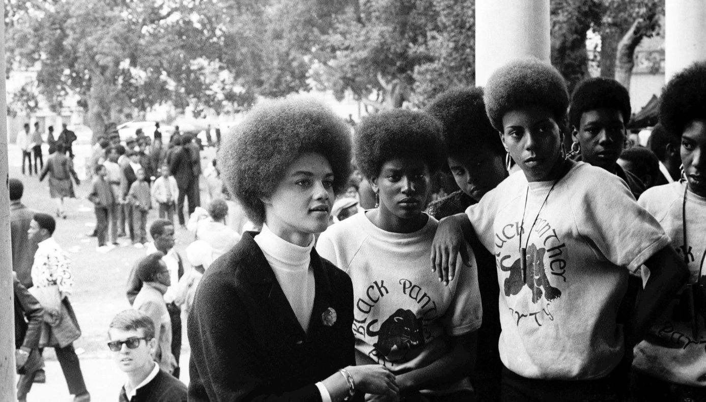Stephen Shames photographed everyday life within the Black Panther party  https://t.co/YqRdmBNBvQ https://t.co/KPXpTwcvCn