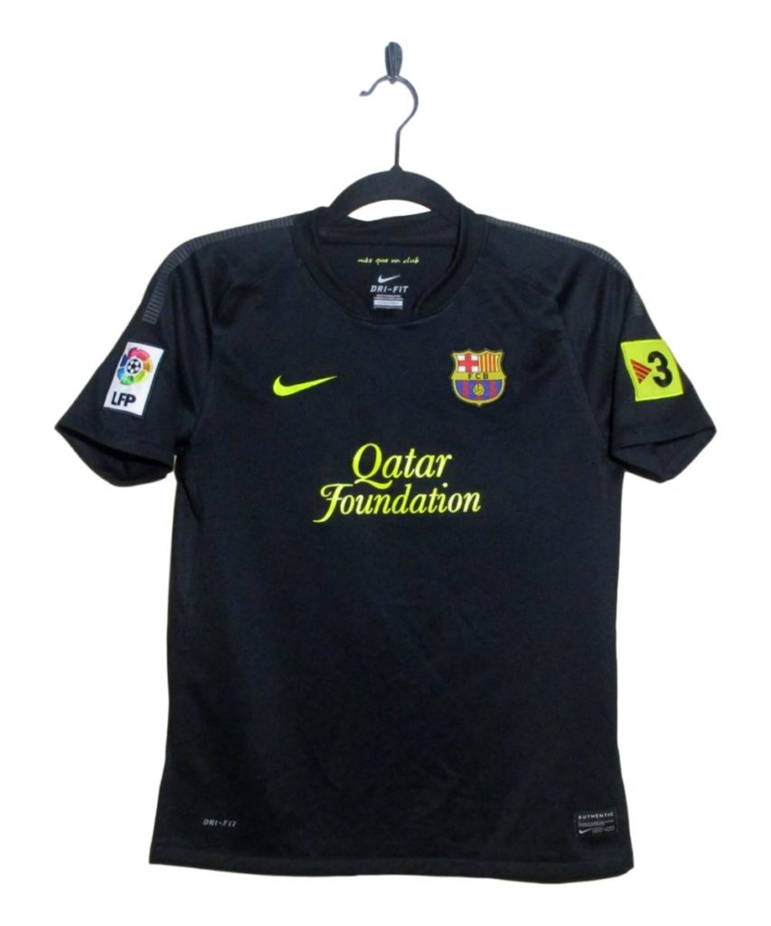 e1866f982c4 2011-12 Barcelona Away Shirt Messi (LB) - http   tinyurl.com yczc3xy9   Trikot  Camiseta  Maillot  FootballShirt  FCB  FCBarcelona   Messipic.twitter.com  ...