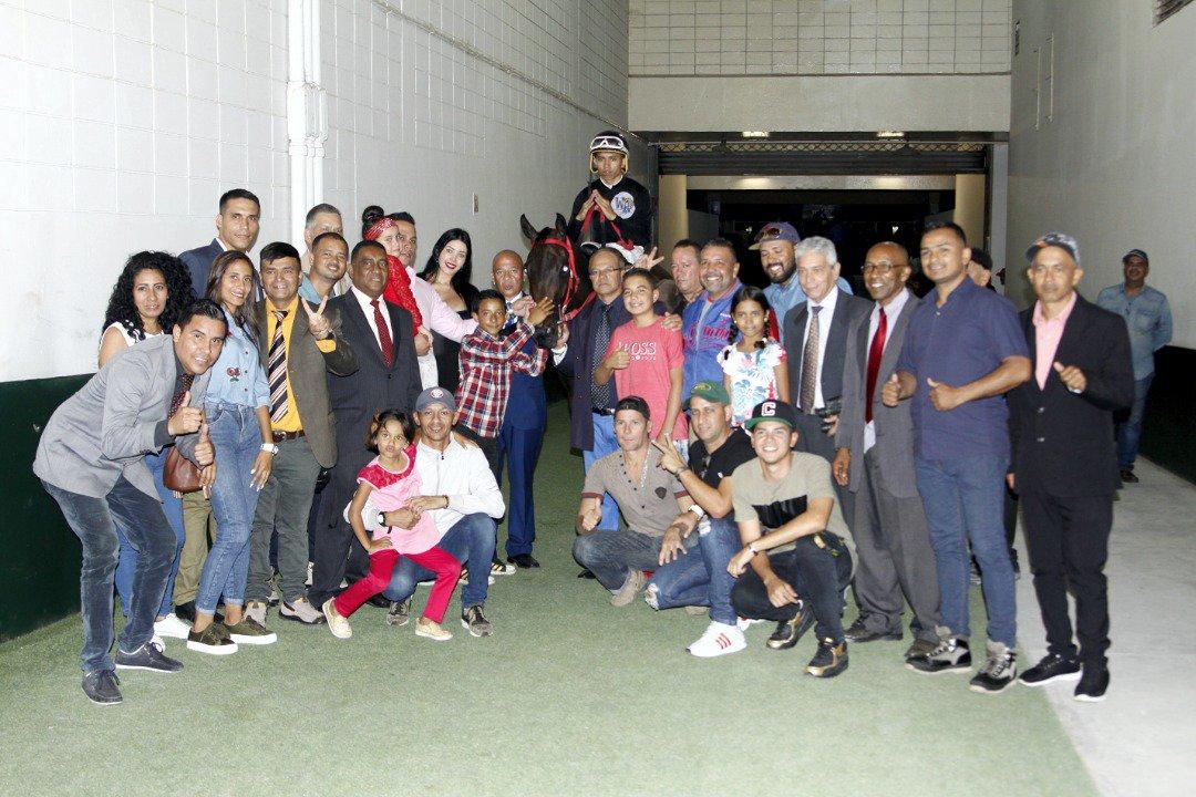 """VENEZUELA SEGUIMOS """"GRANDES"""" EN ACIERTOS EN NUESTRO OCTUBRE (IMBATIBLE) ANOTA NUESTROS ADELANTADOS!!! DpgszmVW0AAf99M"""