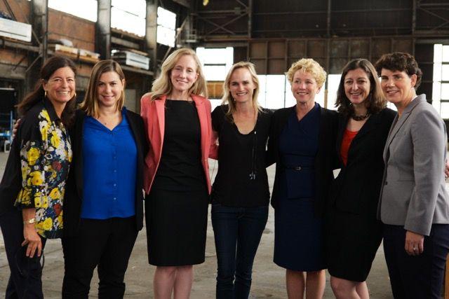 #Resist 💙🌊🌊 These #women served in U.S. Navy, Marines, Air Force & CIA: Abigail Spanberger & Elaine Luria -Virginia, Chrissy Houlahan -Pennsylvania, Gina Ortiz Jones & MJ Hegar -TX, Amy McGrath -Kentucky, Mikie Sherrill -NJ & Elissa Slotkin -Michigan https://t.co/eFnQeBjpjD https://t.co/qBDCyLmR4P