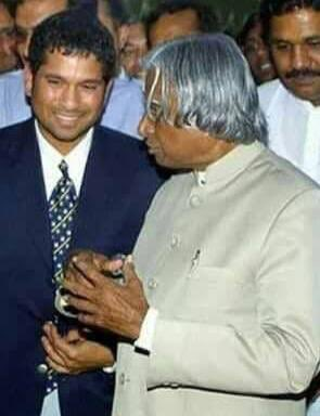 A humble tribute to one of India's former Presidents, who spread smiles and always put India before everything else. Dr. #AbdulKalam ji inspired millions to dream.