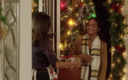 Noelle rediscovers the magic of Christmas in the #MiraclesofChristmas original #MemoriesofChristmas, with @ChristinaMilian and #MarkTaylor.