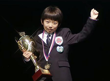 オセロ世界大会で史上最年少優勝...