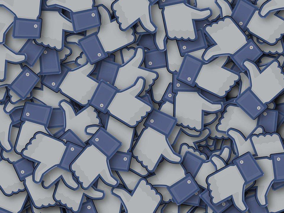 3 moyens pour vous aider à ré-engager vos fans sur Facebook par @johnhall https://bit.ly/2yhsEoe#Facebook #tech #Digital #page  - FestivalFocus