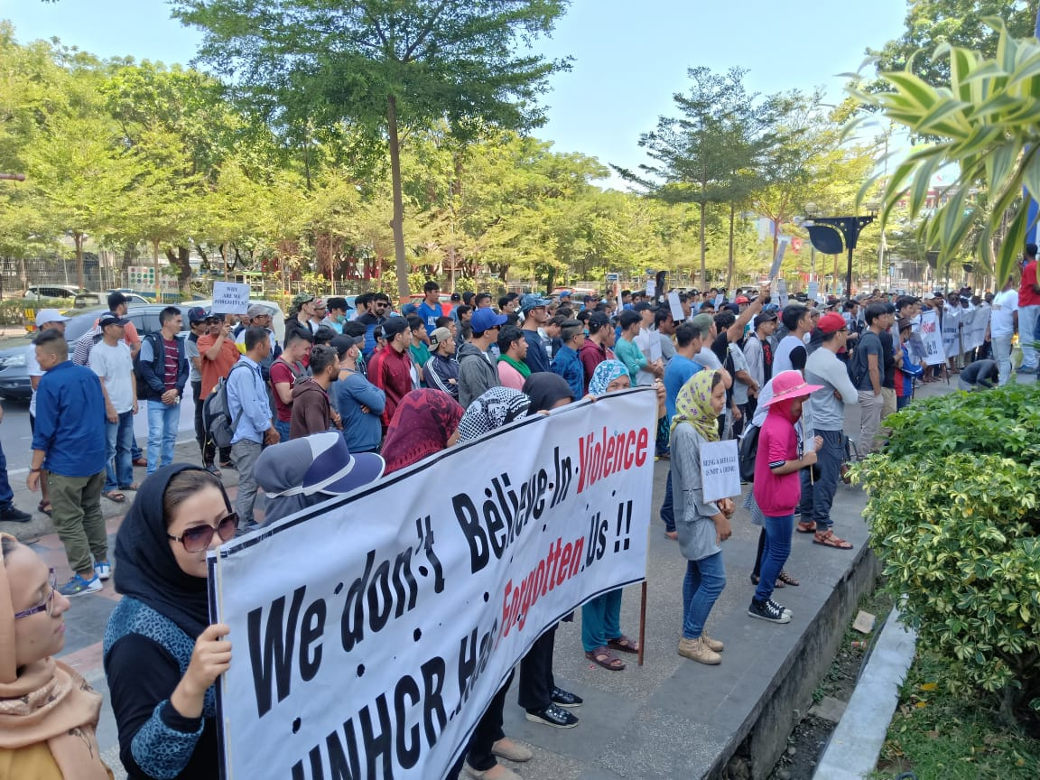 PLEASE pay attention to the forgotten refugees in Indonesia.  We deserve to live freely as other humans. We are not terrorism, we are the victim of terrorist. #HELPREFUGEESININDONESIA<br>http://pic.twitter.com/rC1qGw9dyE