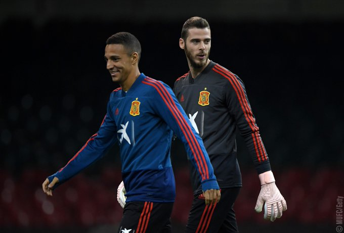 Two Reds could go head to head in the #NationsLeague tonight! 🇪🇸 v 🏴 (19:45 BST) Play nice, 😉 Photo