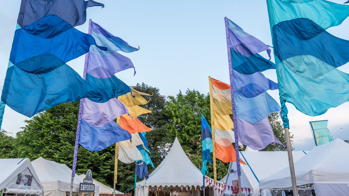Announcing Hay 2019! We're delighted to say that we'll be back in  beautiful town of Hay-on-Wye to put big ideas first, as well bringing  show-stopping performances and the late night parties you've come to  love. Time to dust off those thinking caps... https://t.co/nCMBHe7Qc8
