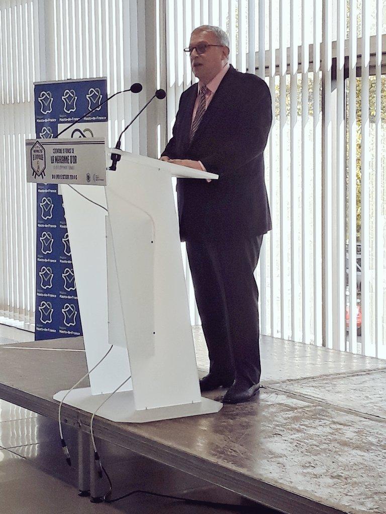 En direct de la cérémonie de remise de la Marianne d'Or du Développement Durable avec Alain Trampoglieri #MariannedOr #DeveloppementDurable #AggloSaintQuentinois https://t.co/gftBhTn8bN