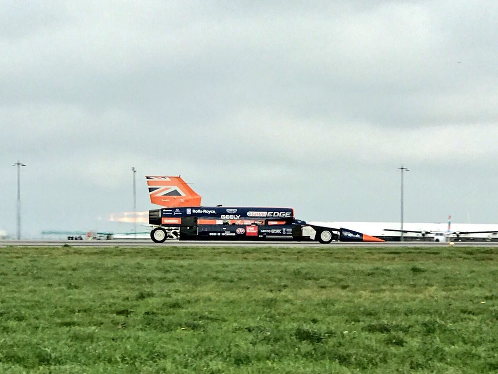 Spent a lot of time following @BLOODHOUND_SSC over the years. The team is incredible, the engineering staggering. We need to see if it can crack 1000mph. <br>http://pic.twitter.com/dgftVgg5qK