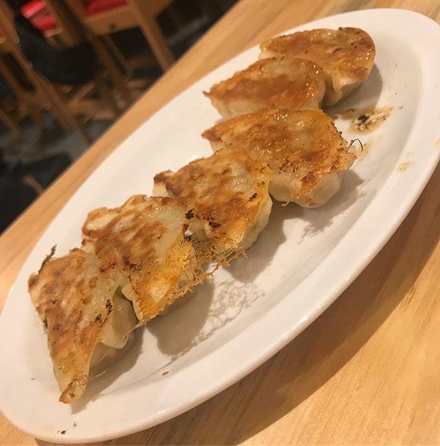 横浜 駅 餃子