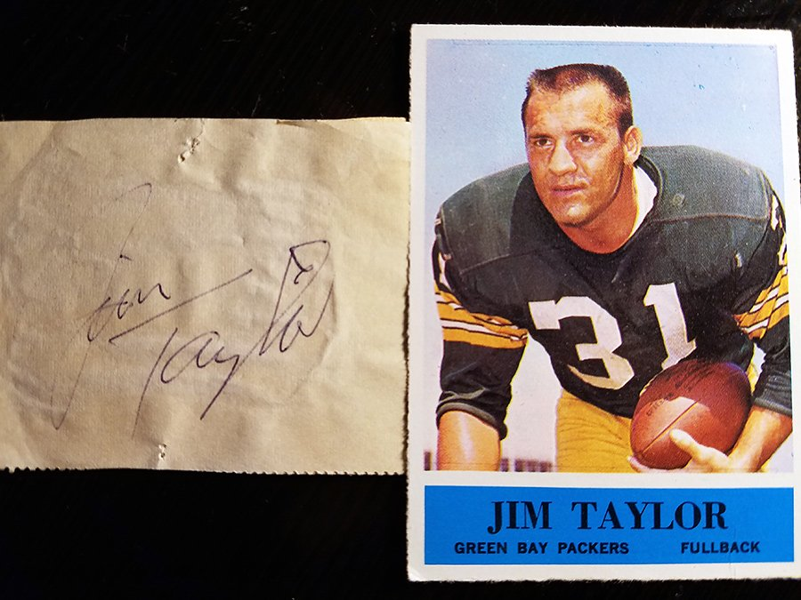 One of the greatest running backs to ever play the game and I was extremely fortunate to see him play in several games including the 1966 NFL Championship, which turned out to be his next to last game as a Packer. RIP Jim Taylor. @packers<br>http://pic.twitter.com/ElvrVLPzsK