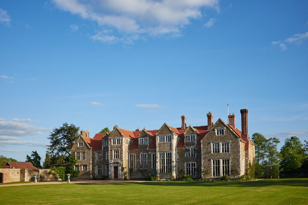 RT @CWM_YSYW #VenueOfTheDay: @LoseleyPark. When saying 'I do' at this venue, couples recieve a menu tasting for two, event planning and management on the day. Sounds stress-free to us! https://t.co/rsB60Rqck8