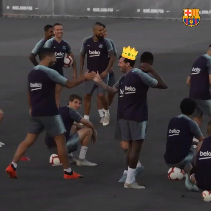������ Free-kick fireballs, in training! https://t.co/bM0bHdj29q