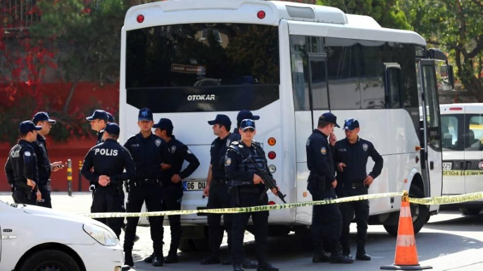 Iran embassy in Ankara evacuated after 'bomb warning' https://t.co/bkOGxZa26U