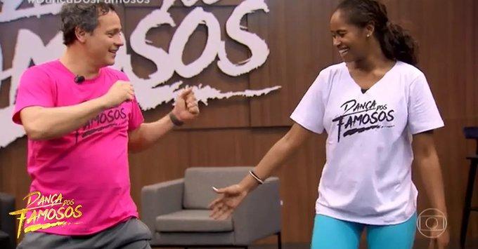Time masculino suou a camisa nos ensaios para o country! Quem gosta de rodeio bate forte com a mão no link: #DançaDosFamosos #Domingão Foto