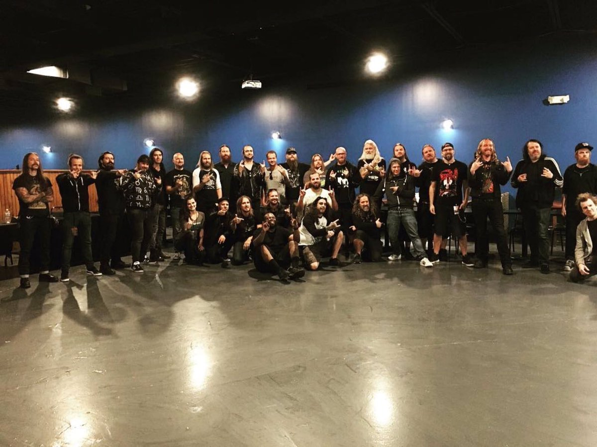 Thank you 🇺🇸🇨🇦! Hope you liked this 🇵🇹🇸🇪🇫🇮 package? Such a pleasure to be on road with @dtofficial @moonspell @OGBand & the great crew! #amorphis #queenoftimetour #darktranquillity #moonspell #omniumgatherum https://t.co/wErA1O6Kue