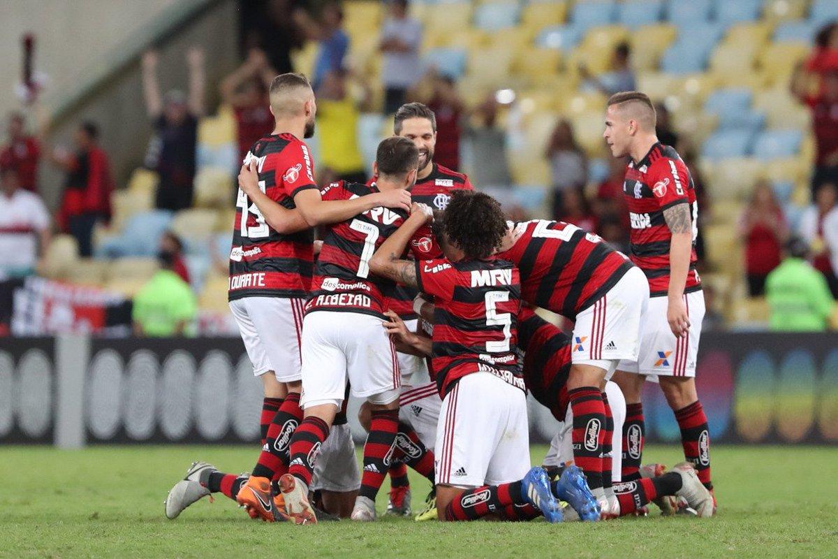 Para Zinho, Brasileirão tem dois confrontos fundamentais que podem definir o título; veja!  👉 https://t.co/A0BDsVO5ou