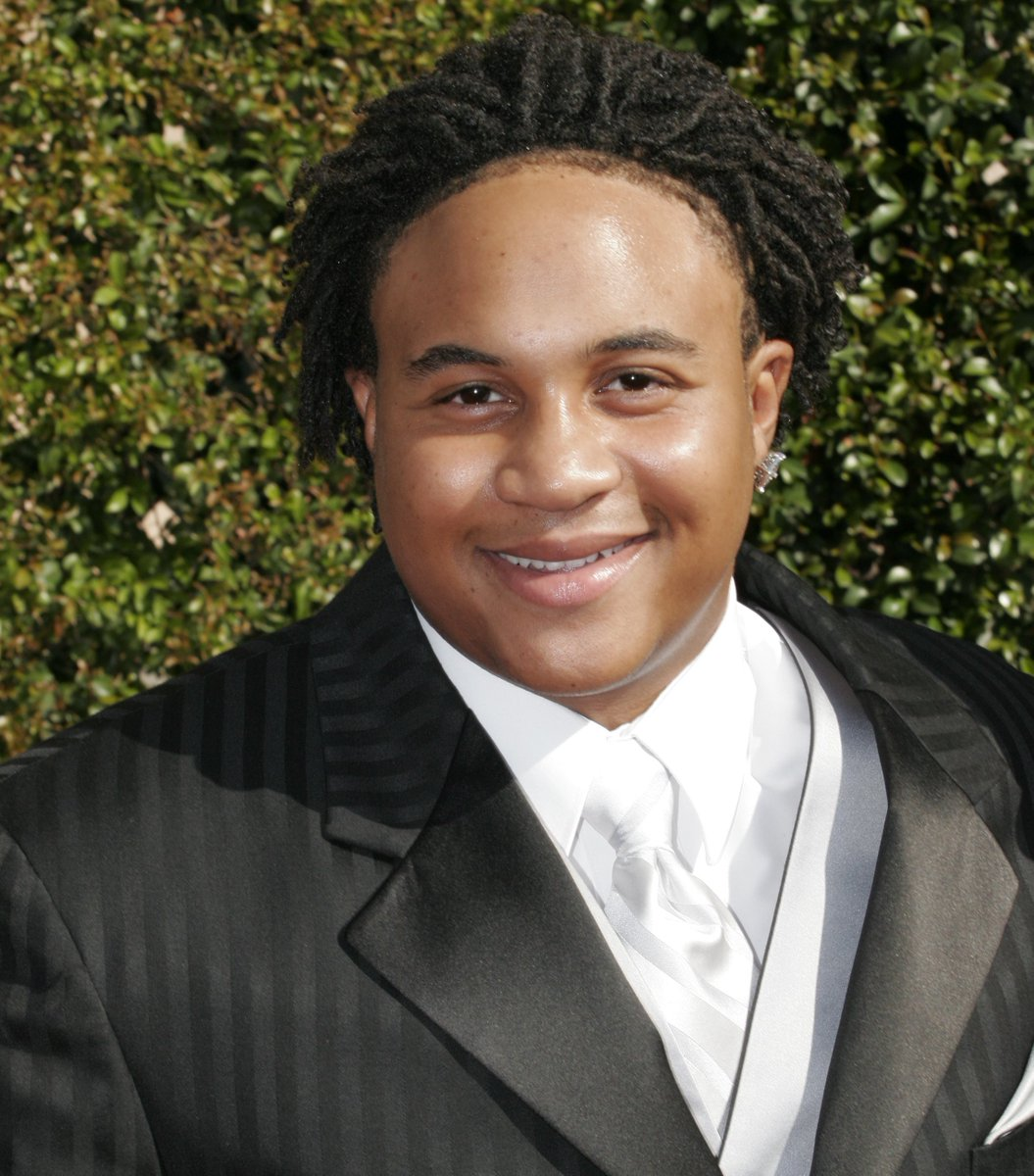 Orlando Brown has checked into rehab for substance abuse and mental health issues https://t.co/LnE1mnflN0