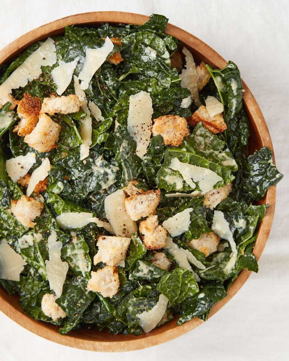 Recipe: 5-Ingredient Kale Caesar Salad — Recipes from The Kitchn https://t.co/C5QwLsbrzf https://t.co/hw3W2tCiOQ
