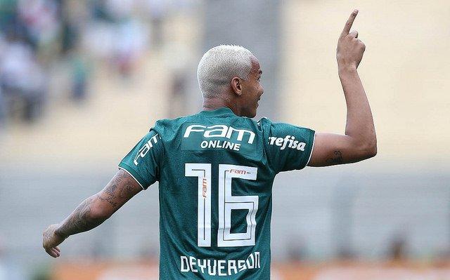 Edmundo exalta atitude de Felipão que está sendo FUNDAMENTAL para mudança no @Palmeiras  👉 https://t.co/EcFm7f1yRW