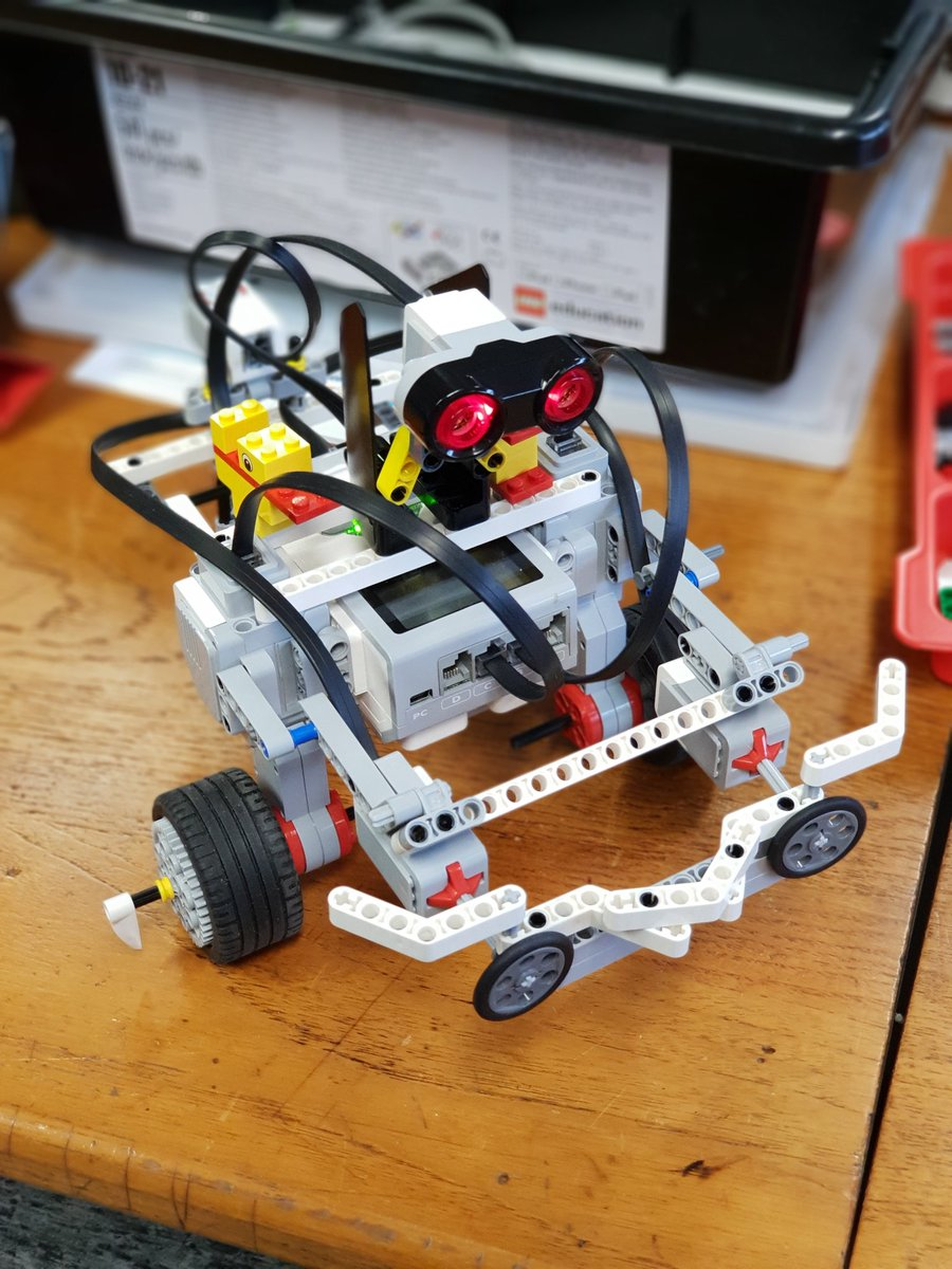 Thank you for your creativity and enthusiasm! Simon was a beautifully raised robot!