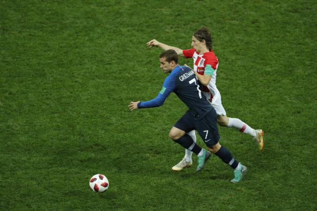 Luka Modric sur le Ballon d'Or : «Je mettrais en avant Antoine Griezmann» https://t.co/Zkc6G8Yxh0