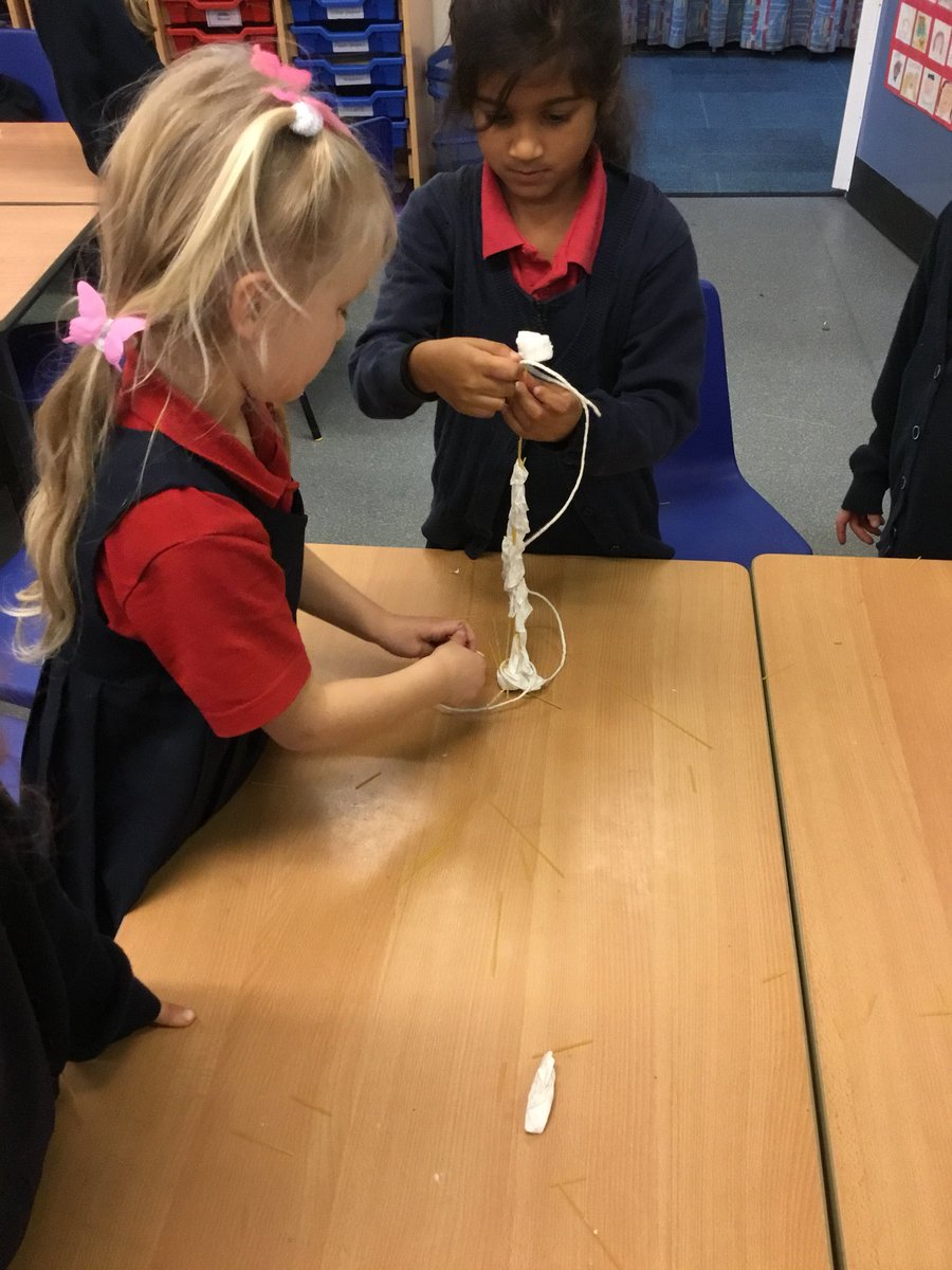 test Twitter Media - We tried the 'marshmallow challenge' - focusing on collaboration and expressing ourselves through communicating. We found it quite tricky to try and make our structures stand up but well done on the team work! #gorseypshe #gorseyy1 https://t.co/y2oSs1rHbq