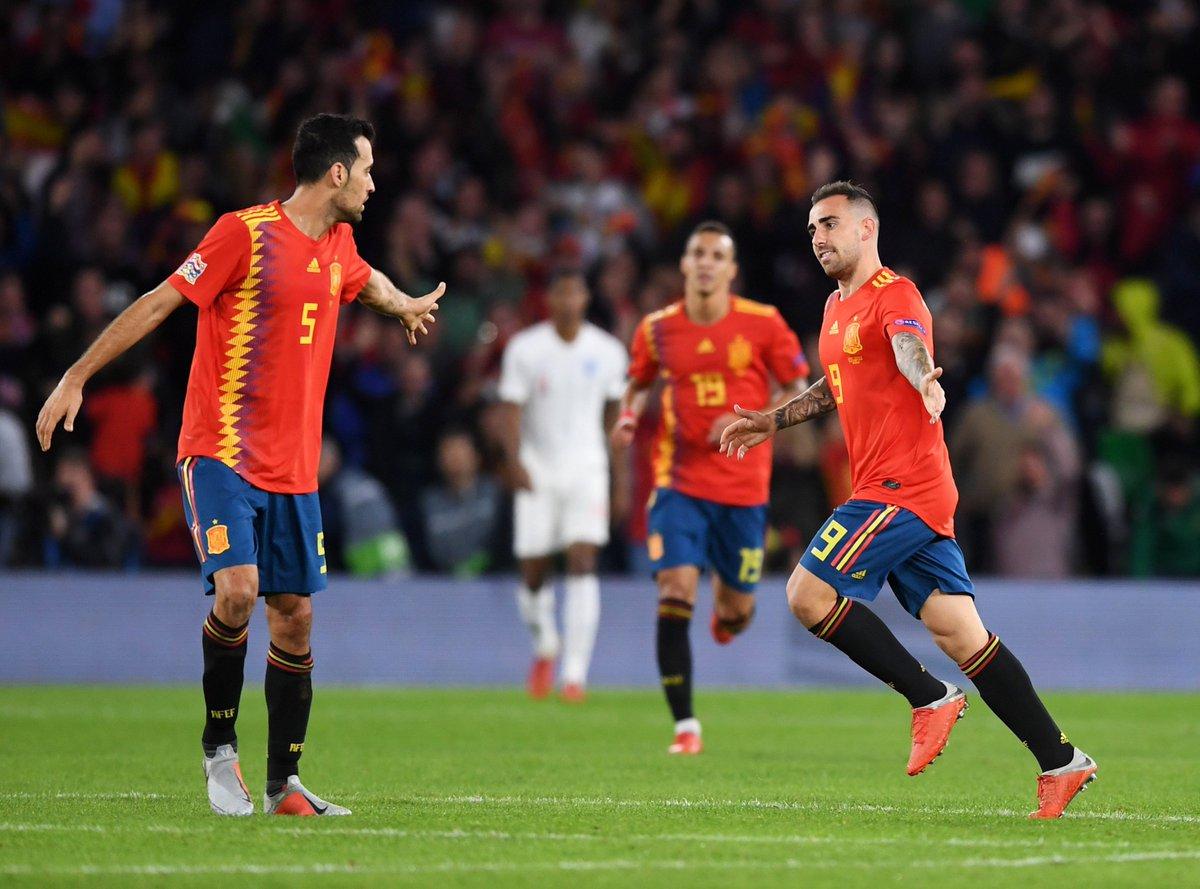 Paco Alcácer este año:   ⏱ 245 minutos 🎯  10 tiros a puerta ⚽ 10 goles