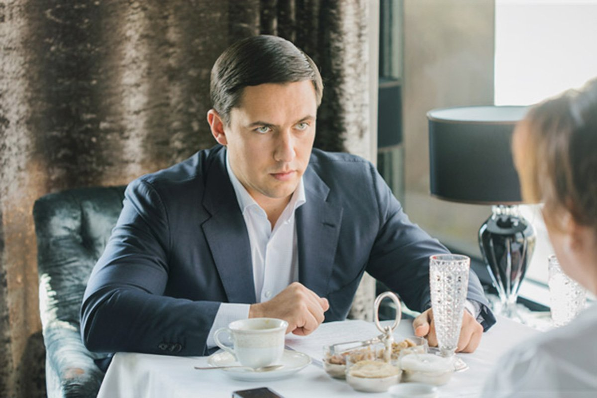 Это — пенсионер из Москвы Павел Карпов. Он вышел на пенсию в 35 лет в звании подполковника МВД. По его заявлению на Алексея Навального возбудили дело. Вспоминаем, кто он такой и к чему причастен https://t.co/sVWPlmk5Ix