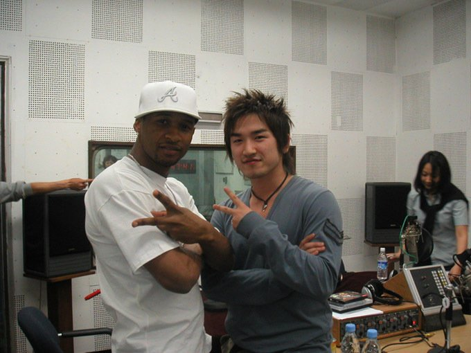 this pic of minwoo with usher just putting it out there <br>http://pic.twitter.com/AoWkLOsKfB