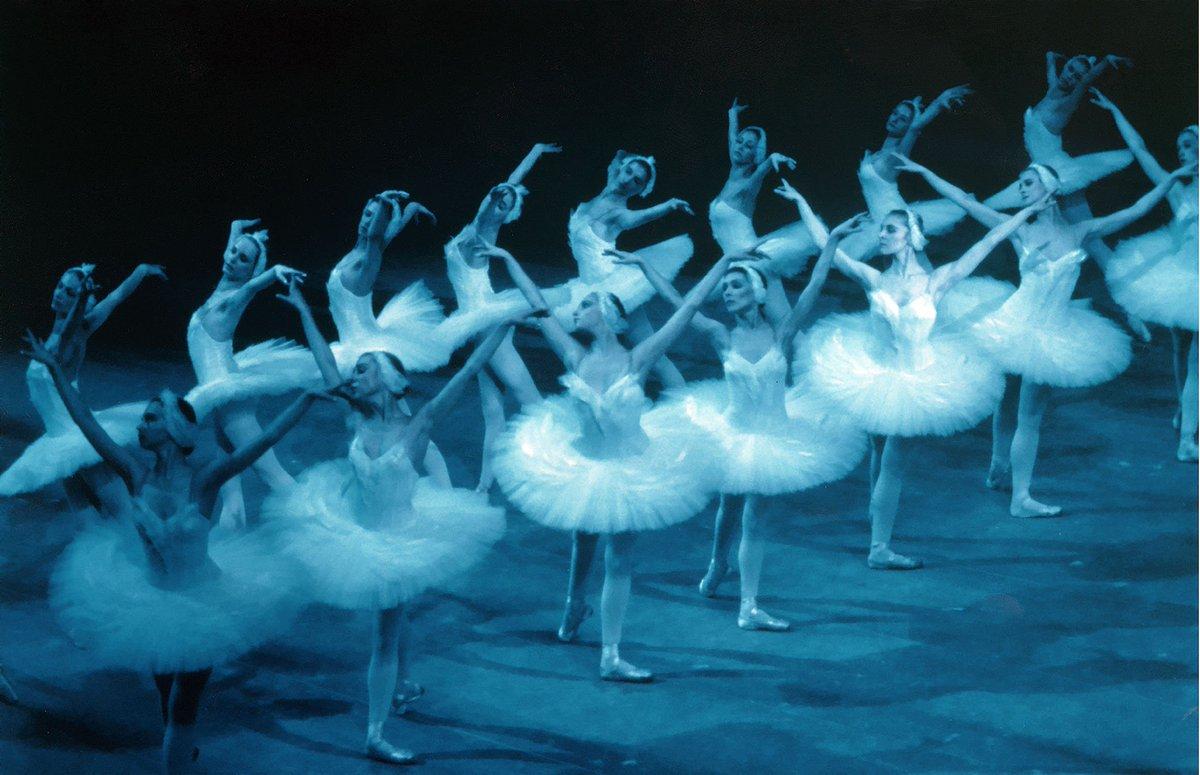 El Ballet Nacional Ruso visita mañana @TeatroCervantes en la semana central del #CiclodeDanza 2018 de los teatros municipales. Programa y entradas teatrocervantes.com/es/genero/danz…