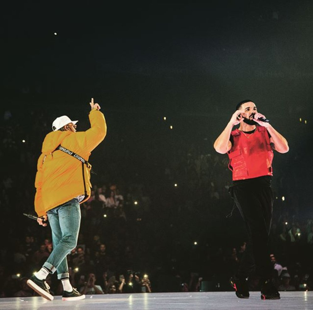 DOUBLE DRAGONS �� @Drake https://t.co/kxXJbBui3m