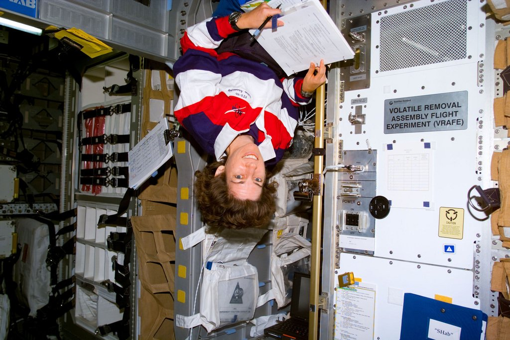 Ellen Ochoa at Work on the Shuttle via #NASA https://t.co/GsnNyEewi4 #space & #deepspace