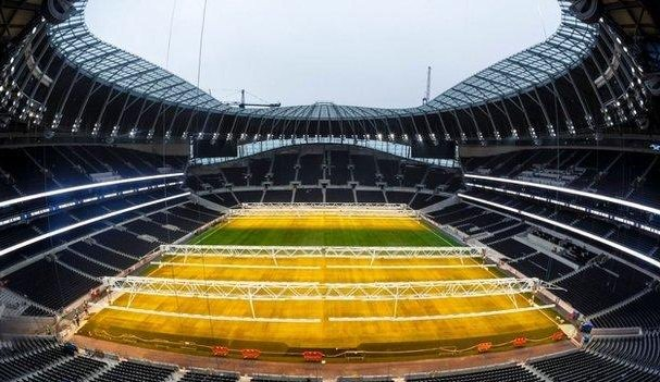 Daniel Levy has told #THFC fans that the new stadium will not affect their transfer business.   More: https://t.co/4mFp4WEbhW