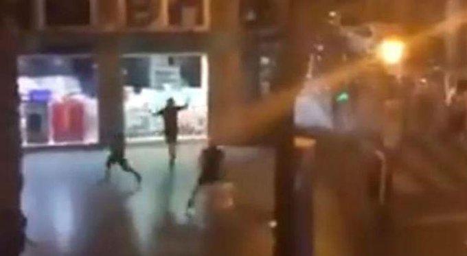 Federação Inglesa condena comportamento de torcedores em Sevilla: Foto