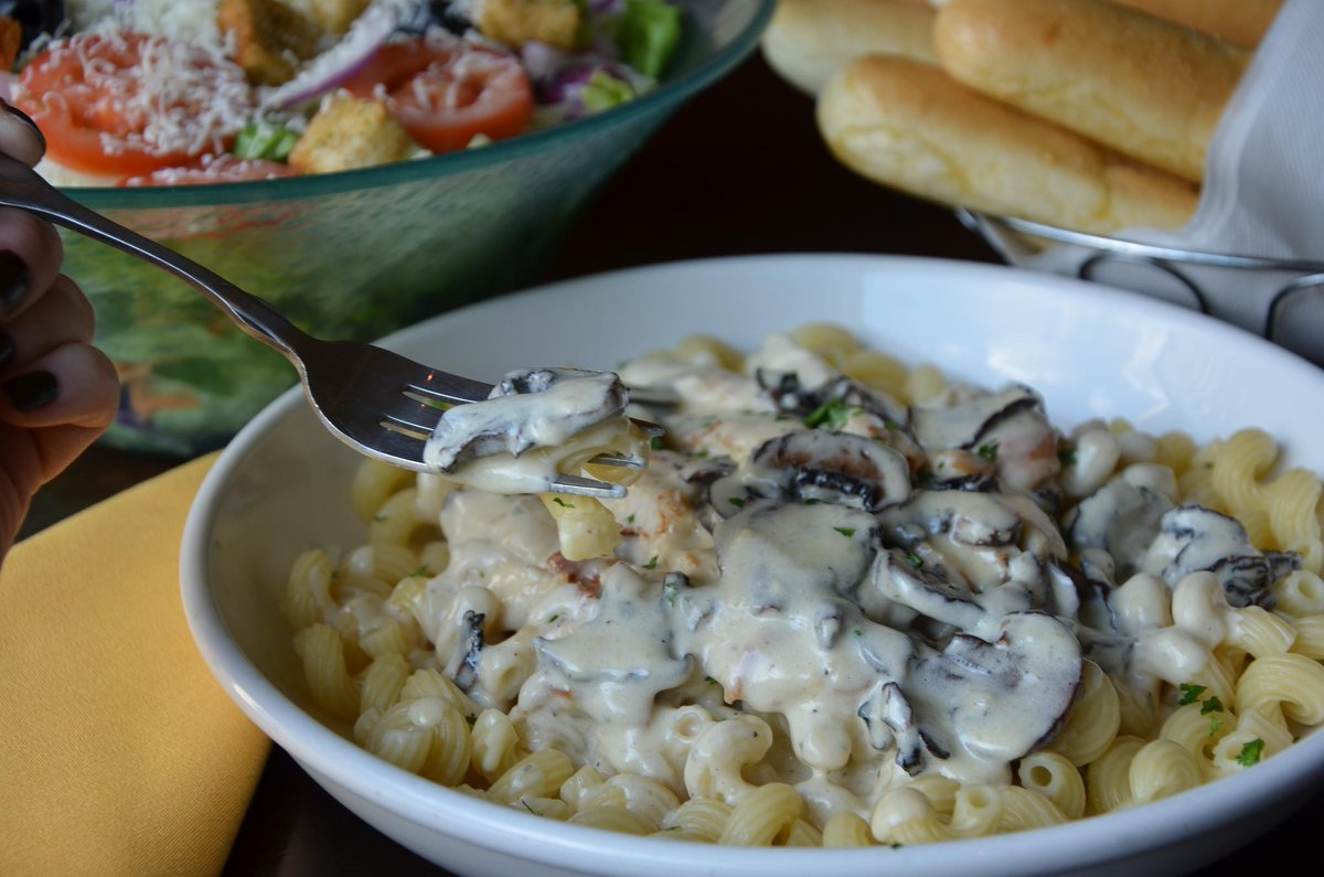 Olive Garden On Twitter We Ve Already Had Three Bowls And Don T Have Mushroom Left But