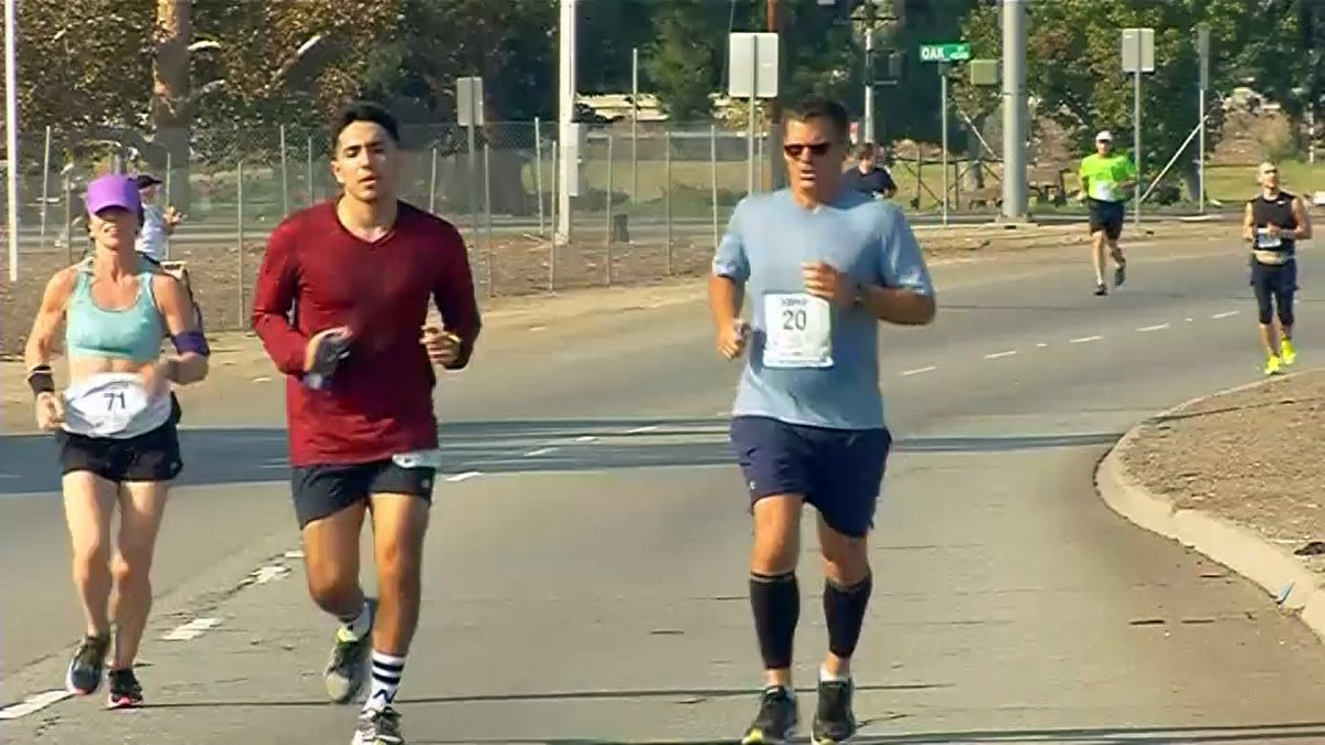The Bakersfield Marathon is coming Sunday, Nov. 18. The third-annual event will feature a full marathon, half marathon and half relay. https://t.co/SYryYf9E6M