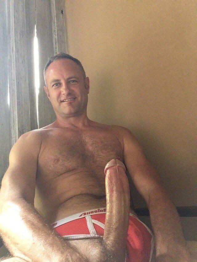 Daddy hung gay