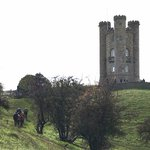 Image for the Tweet beginning: Broadway Tower in the English