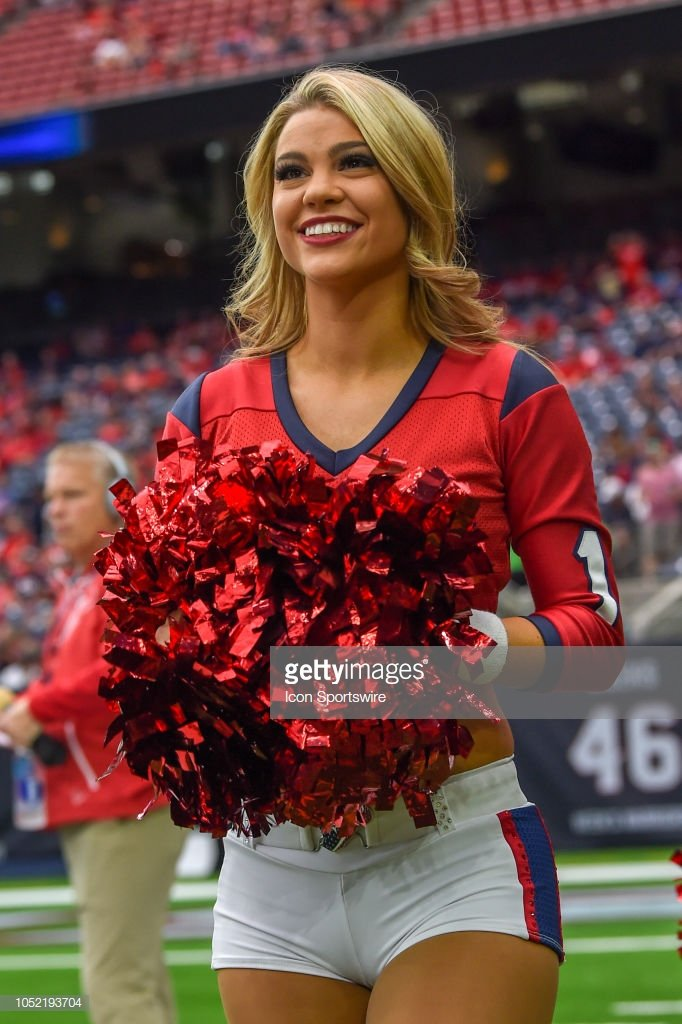 @HTC_ShelbyC Great pic from Sunday's game #BabesOnParade