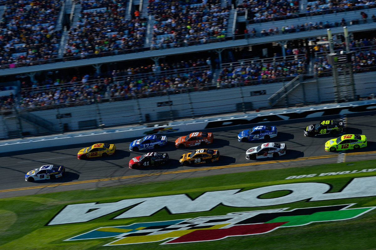 We want to know, when does your countdown to the #DAYTONA500 start?