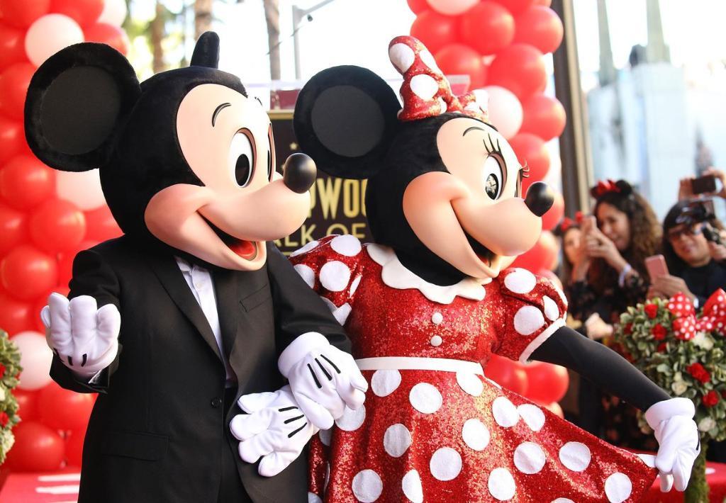 Walt Disney is the world's 4th best employer—with a market cap of $152.1B https://t.co/LTmuyHVa33 https://t.co/L5zjSAO0kN