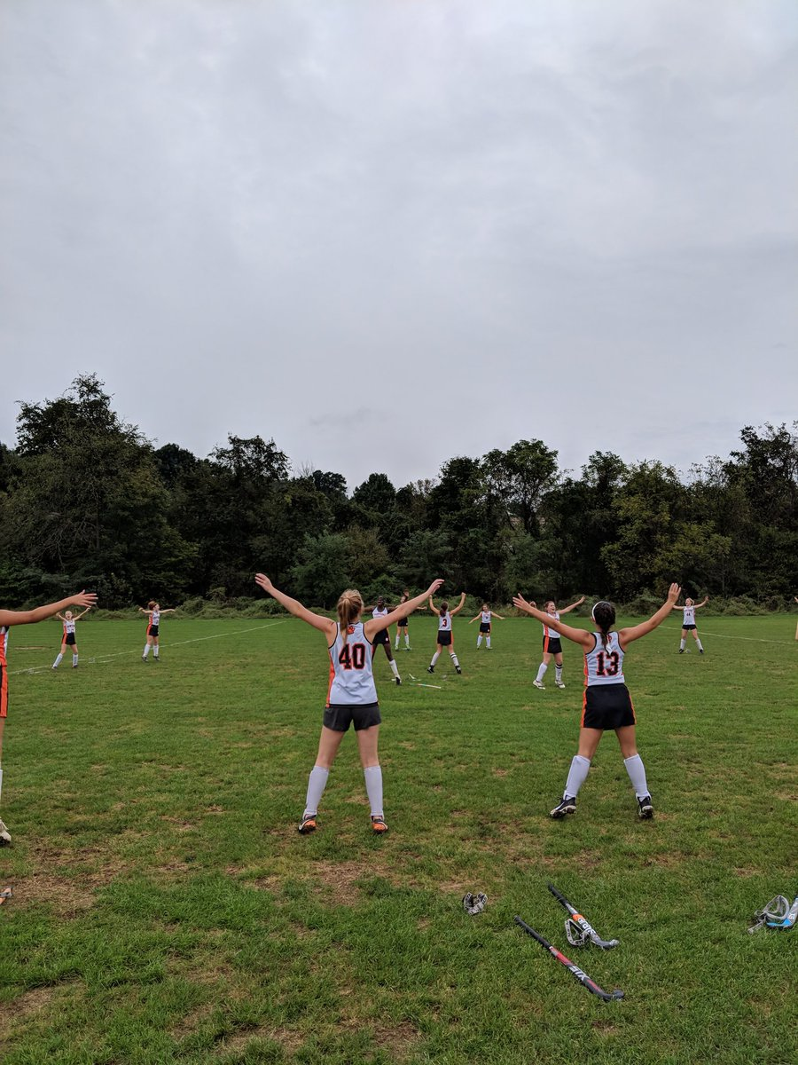 CYMS field 🏑 team getting pumped before the last game. @Mr_King_CYMS @centralyorkms