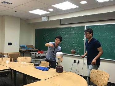 Had a blast during out Electricity and Magnetism demo meeting! It was.... lit, to say the least. 😶  Join us on Thursday to hear some of our members present their UROP research!