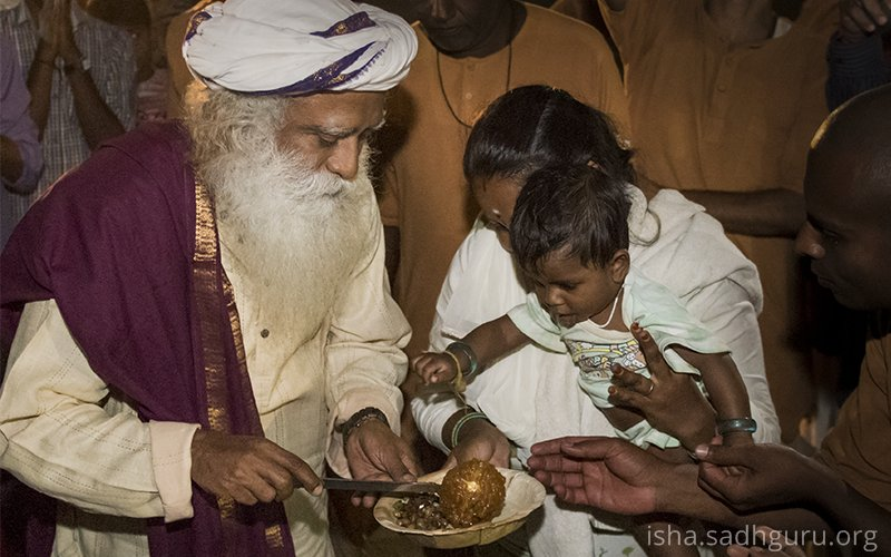 Sadhguru's photo on #ZeroHunger