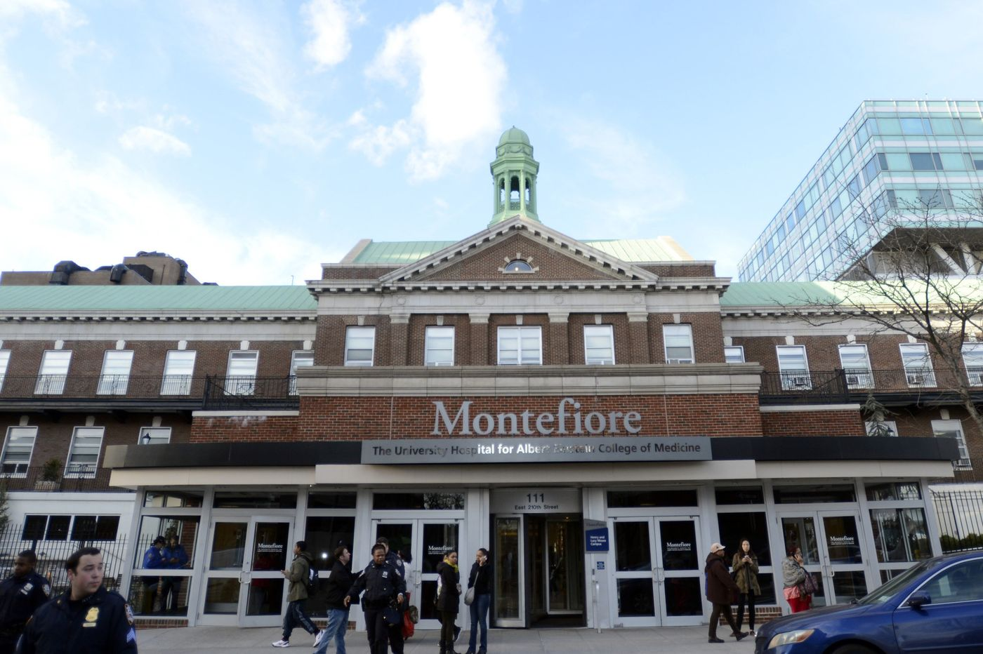 Overcrowding at Montefiore is a bitter pill to swallow for nurses and patients https://t.co/Vs5i0i7wOM https://t.co/OerJp4xOKj