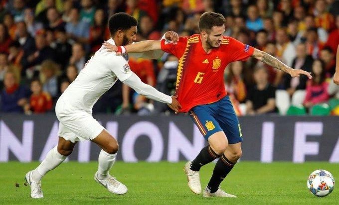España cayó derrotada ante Inglaterra. Los ingleses ganaron por 2-3, con los tres goles en la primera parte. Los españoles lo intentaron mucho en la segunda parte, pero el balón no quería entrar. GOLES: Alcácer, Sergio Ramos, Sterling x2 y Rashford Photo