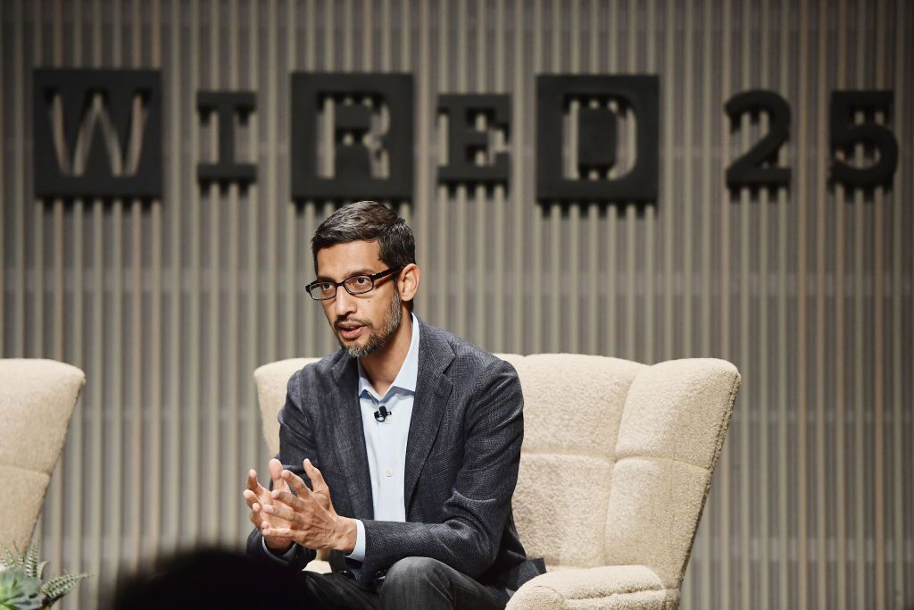 Google CEO Sundar Pichai speaks publicly for the first time about its censored China search engine https://t.co/5UgQwWQJWU by @CatherineShu