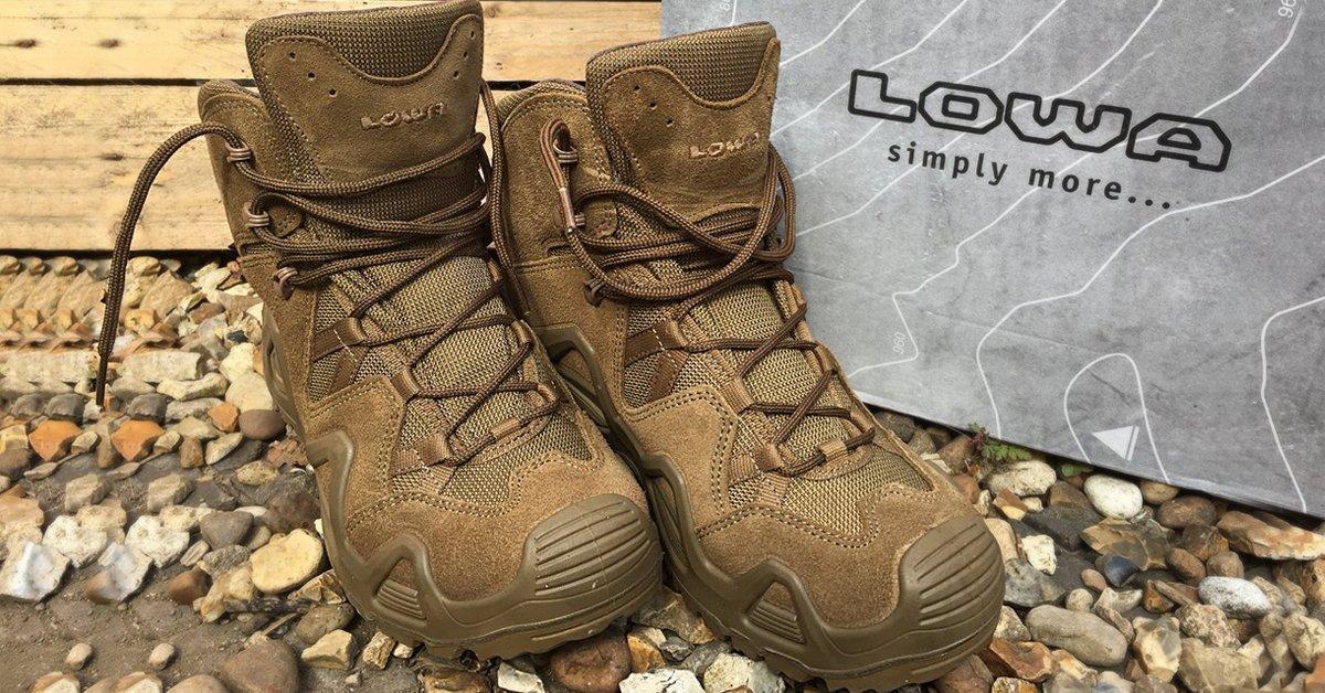 BLOG  Si aún no conoces la colección de botas Lowa Zephyr no esperes más y  descúbrela. Comodidad 9a6593bdd77