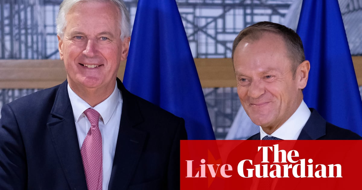 Theresa May chairs Brexit cabinet as EU says no deal 'more likely than ever before' - Politics live https://t.co/e41DqdD34p